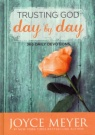 Trusting God Day by Day 365 Devotions (Paperback)